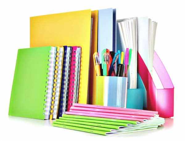 http://www.italiachemamme.it/wp-content/uploads/2013/11/ordine-materiale-scolastico.jpg