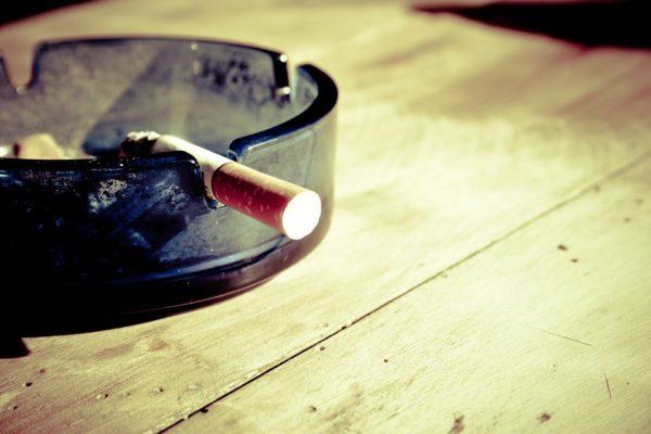 Cosa pensa tuo figlio quando fumi?