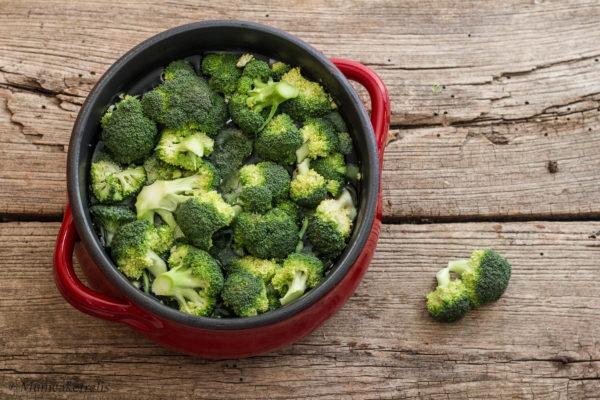 broccolo verde bollito